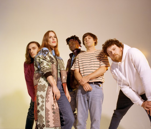 "Metronomy ""The English Riviera 10th Anniversary Edition""-ს გამოსცემს"